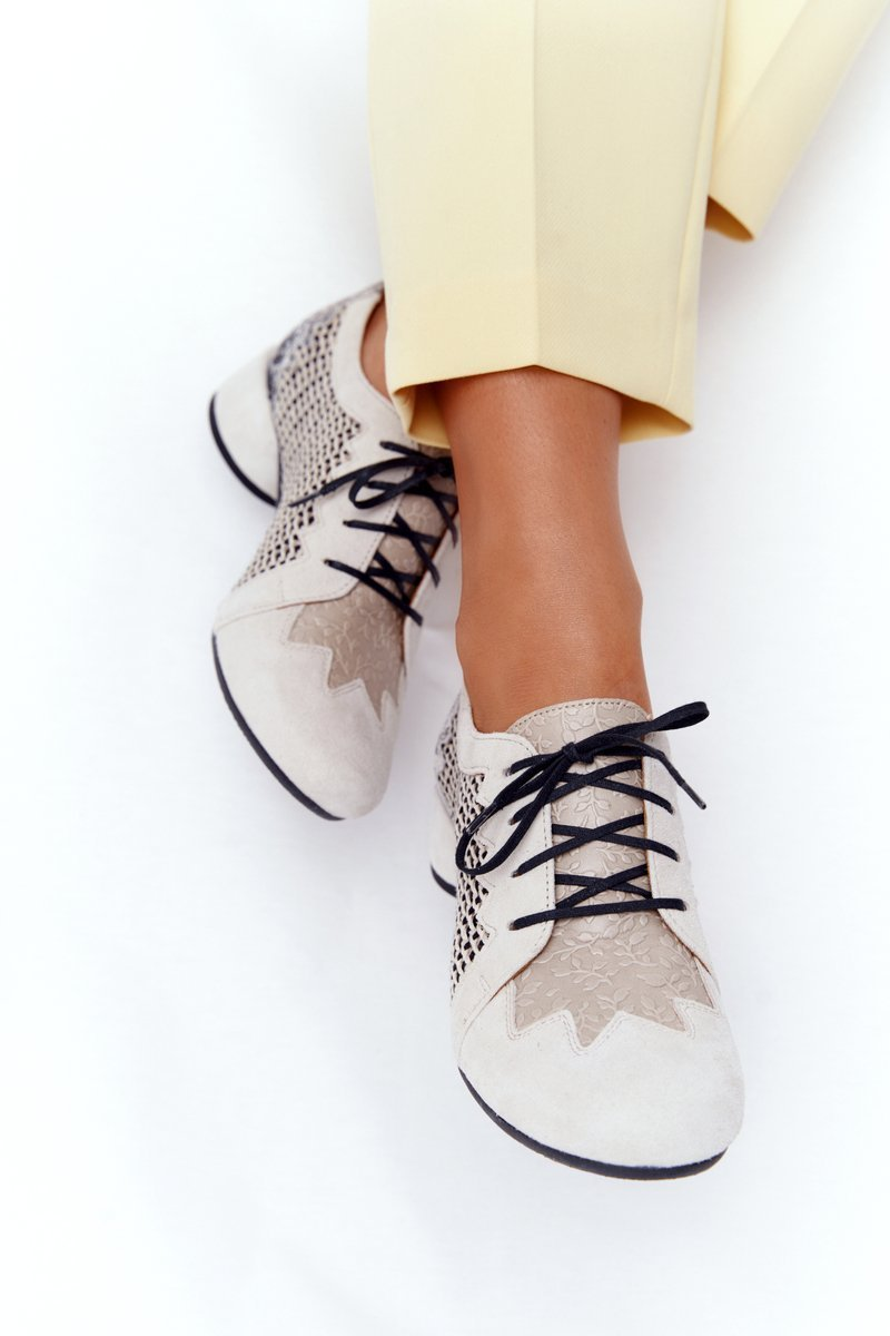 Braided Shoes On A Block Heel Maciejka 04890-04 Beige