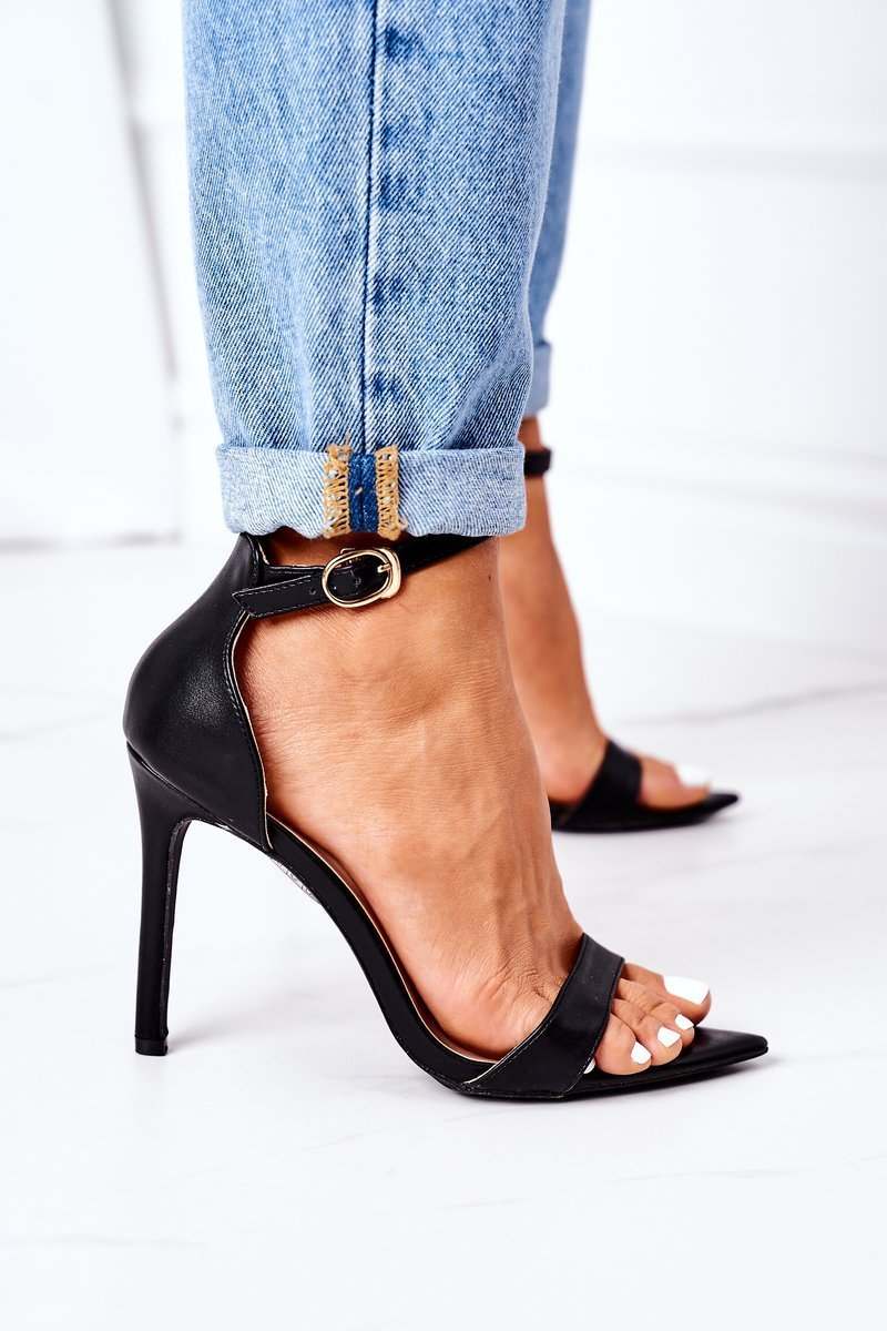 Elegant Sandals On High Heel Lu Boo Black