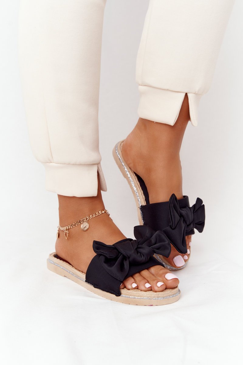 Rubber Slippers With A Bow Black Andrea