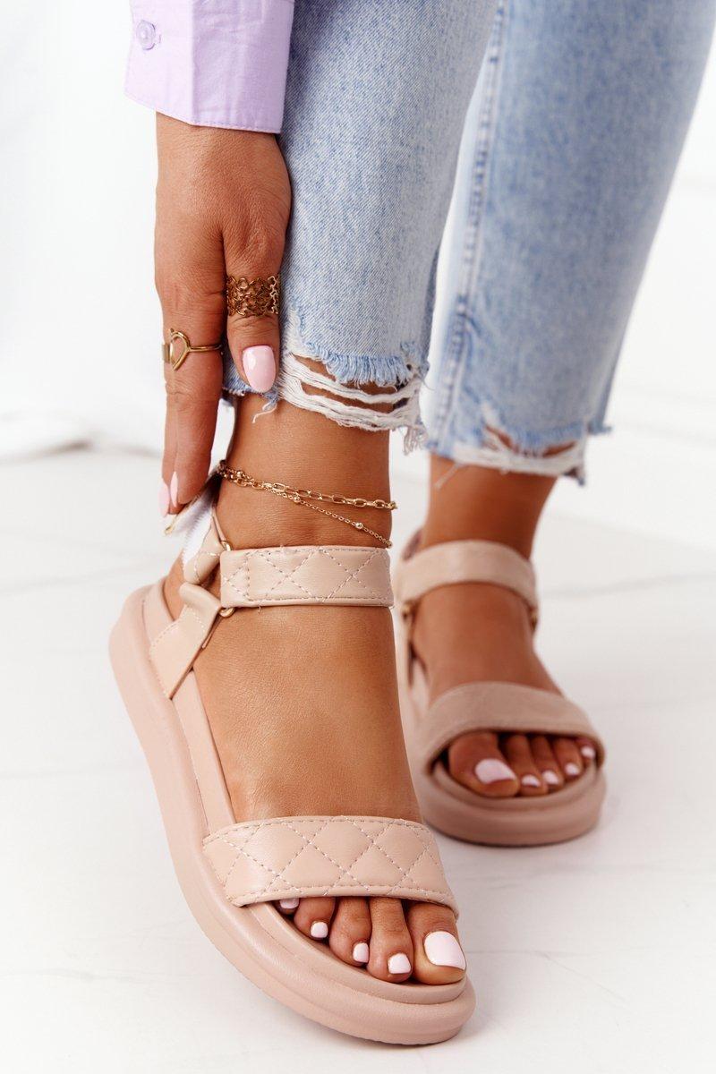 Sandals With Quilting On The Platform Beige Turn Around