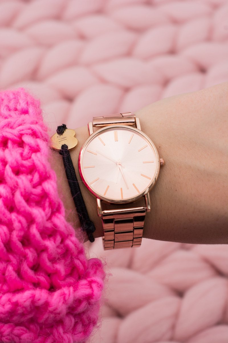 Stylish Copper Women Watch with Bracelet