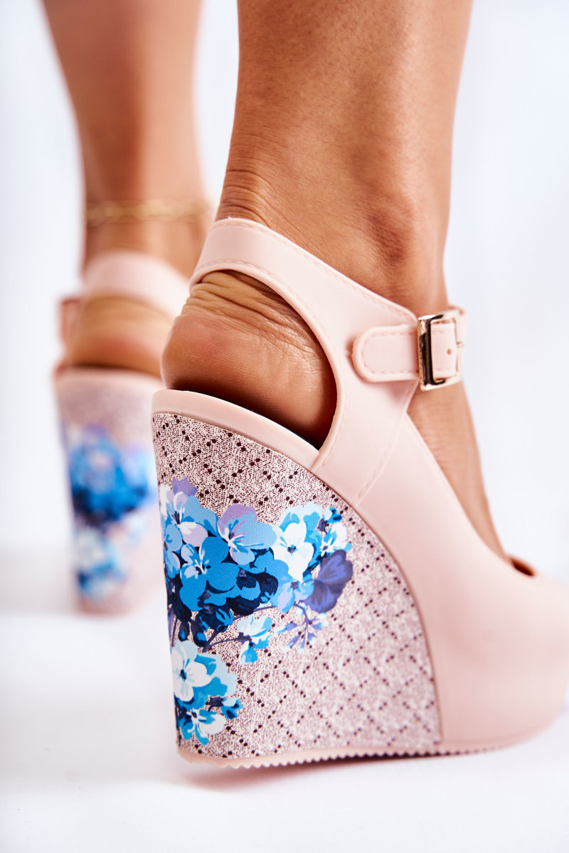 Women's Beige Sandals On Wedges Nemesis