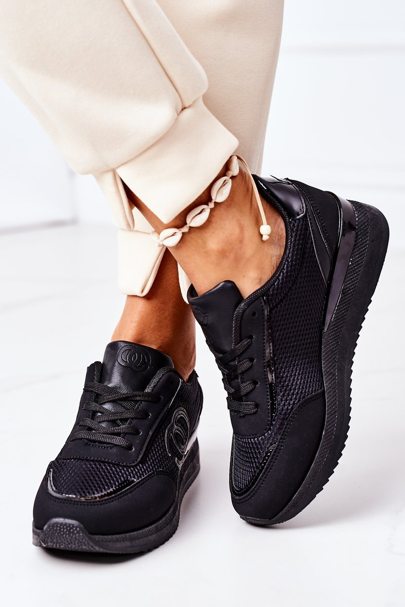 Women's Sport Shoes Sneakers Black Under Control